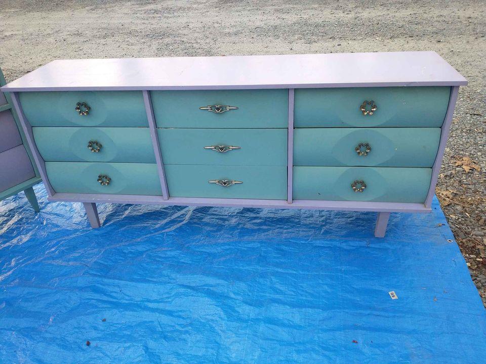 Mid-Century Design Dresser